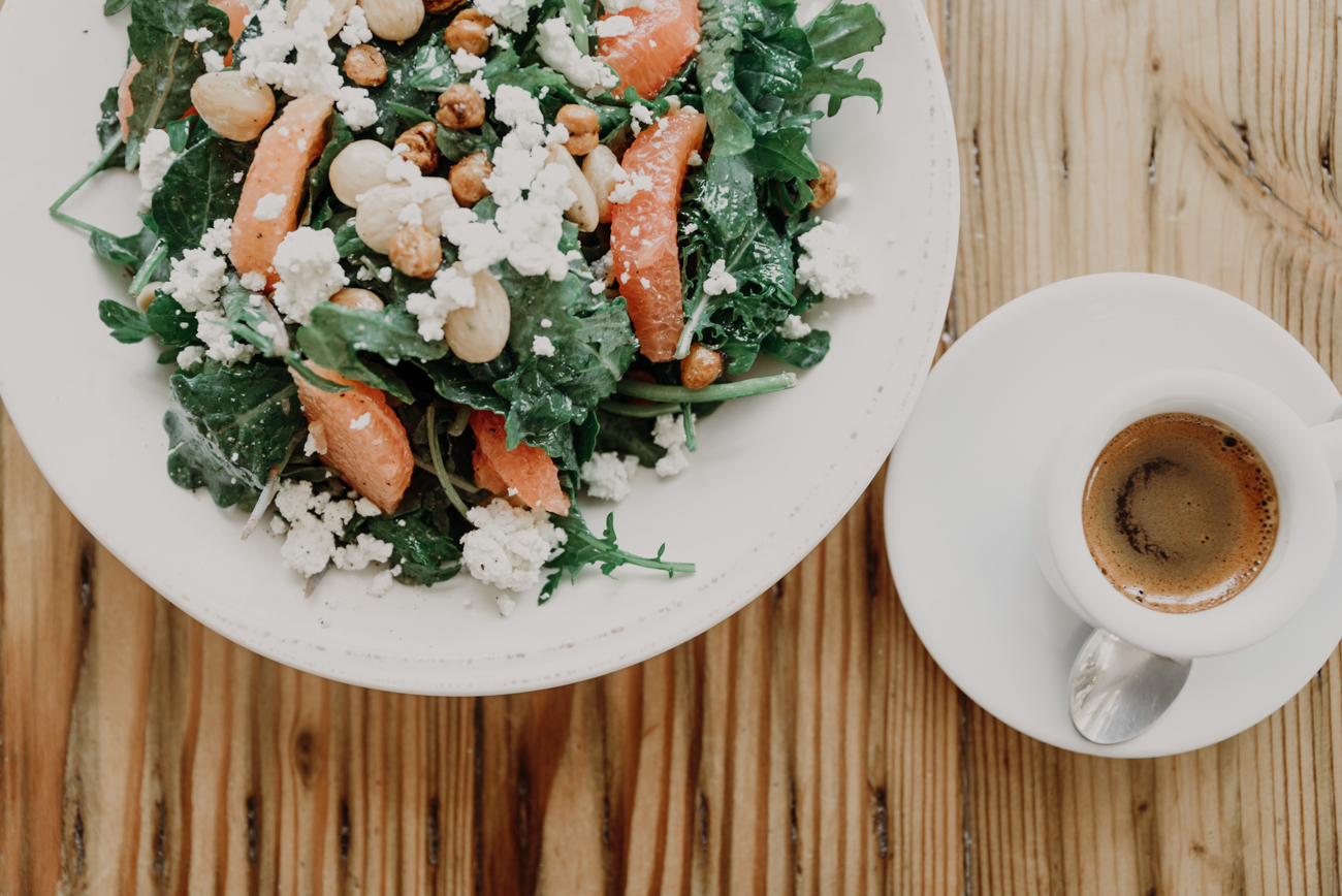 The Cheapside Kale salad: grapefruit, Marconi almonds, feta cheese, roasted chickpeas, and a honey-champagne vinaigrette with an espresso / Image: Brianna Long // Published 7.25.18