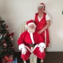 Santa stops his sleigh for breakfast in Coburg