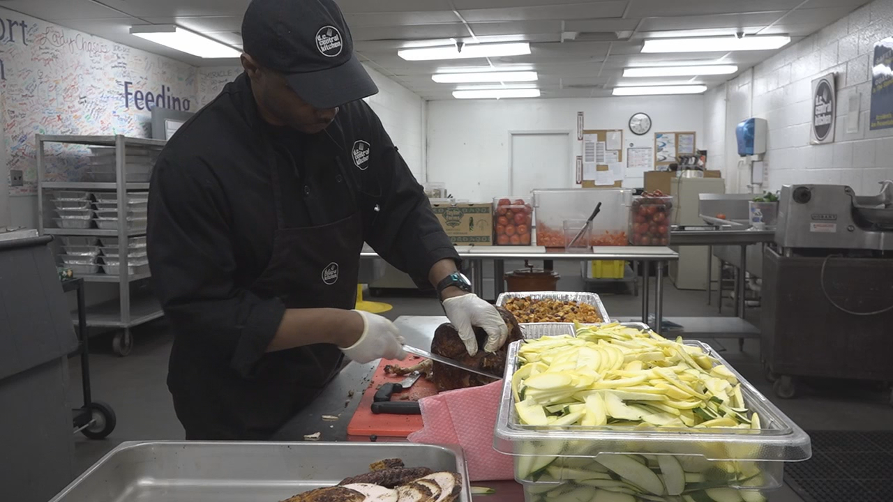DC Central Kitchen aims to prevent one million pounds of food waste (ABC7)