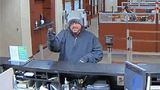 Police: Suspect robbed Wells Fargo at gunpoint, took off on foot