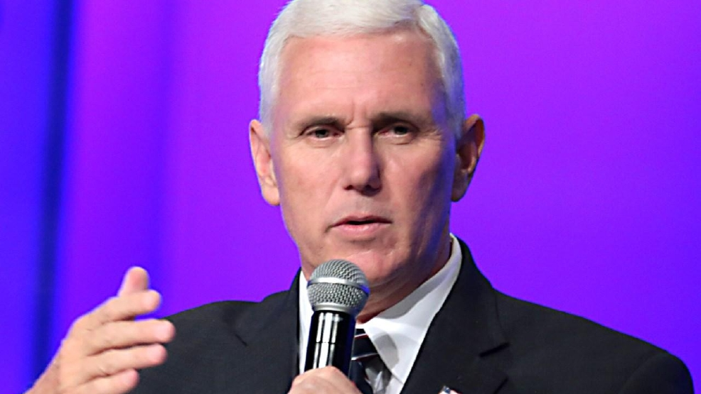 Mike Pence speaks at Liberty University's convocation