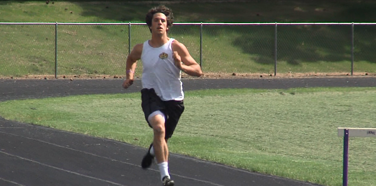 Minden's Chase Smith runs on the track during a recent practice. (NTV News)