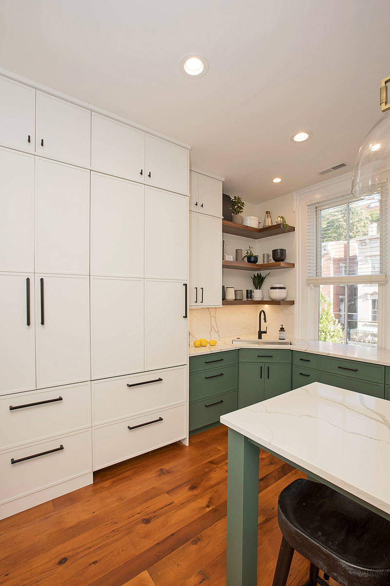 "Richard Huff and Erin Davren recently had the kitchen in their Prospect Hill home totally renovated by Neal's Design Remodel. Richard, who owns{&nbsp;}<a  href=""http://cincinnatirefined.com/eat-drink/the-bagelry-bagels"" target=""_blank"" title=""http://cincinnatirefined.com/eat-drink/the-bagelry-bagels"">The Bagelry</a>{&nbsp;}in Over-the-Rhine, and Erin wanted a larger kitchen to accommodate their love of hosting and entertaining as well as their appreciation for cooking. / Image courtesy of Neal's Design Remodel // Published: 11.1.20"
