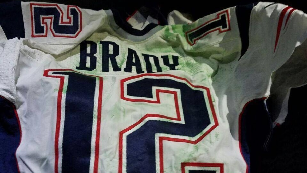 Man named in Brady jersey case sought autographs, selfies | WGME