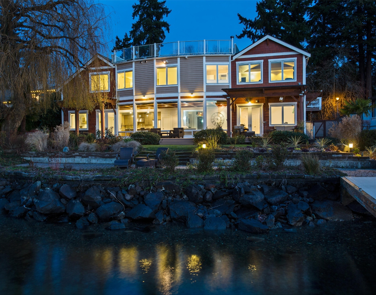 This beautiful Bennion Deville home is the epitome of lakefront luxury. The home is located on Lake Washington's Juanita Bay and has a large dock on 1.3 acres. Listed at $3,598,000 - the 5,330 square foot craftsman has 5 bedrooms and 4.25 baths. Not to mention;  the view is SO drool-worthy. I mean can you imagine sitting pretty in this home during the summers?! That is living. Visit bdluxecollection.com/2025-rose-point-lane/ for more info. (Image: Bennion Deville)