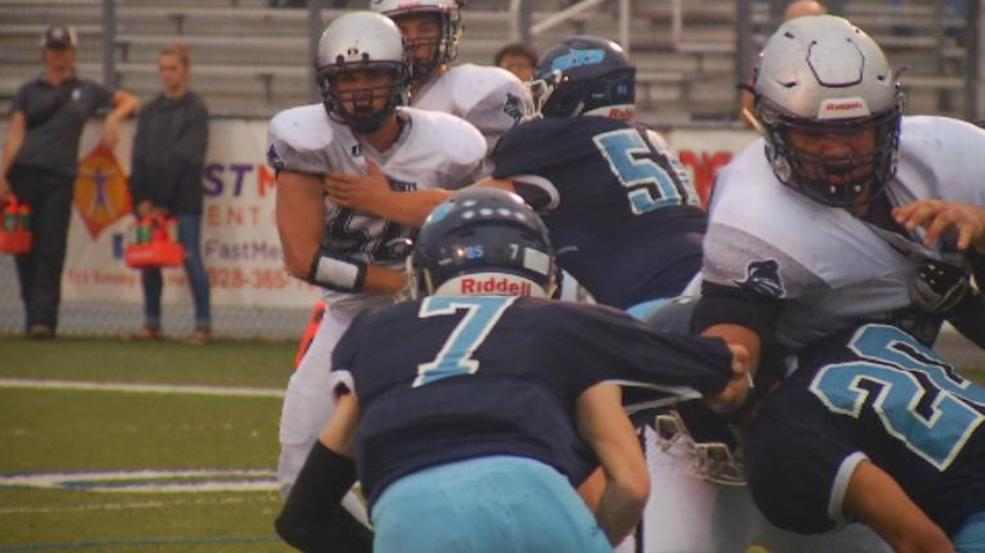 Robbinsville records a second quarter safety in their 32-3 win over Enka (WLOS Staff).jpg