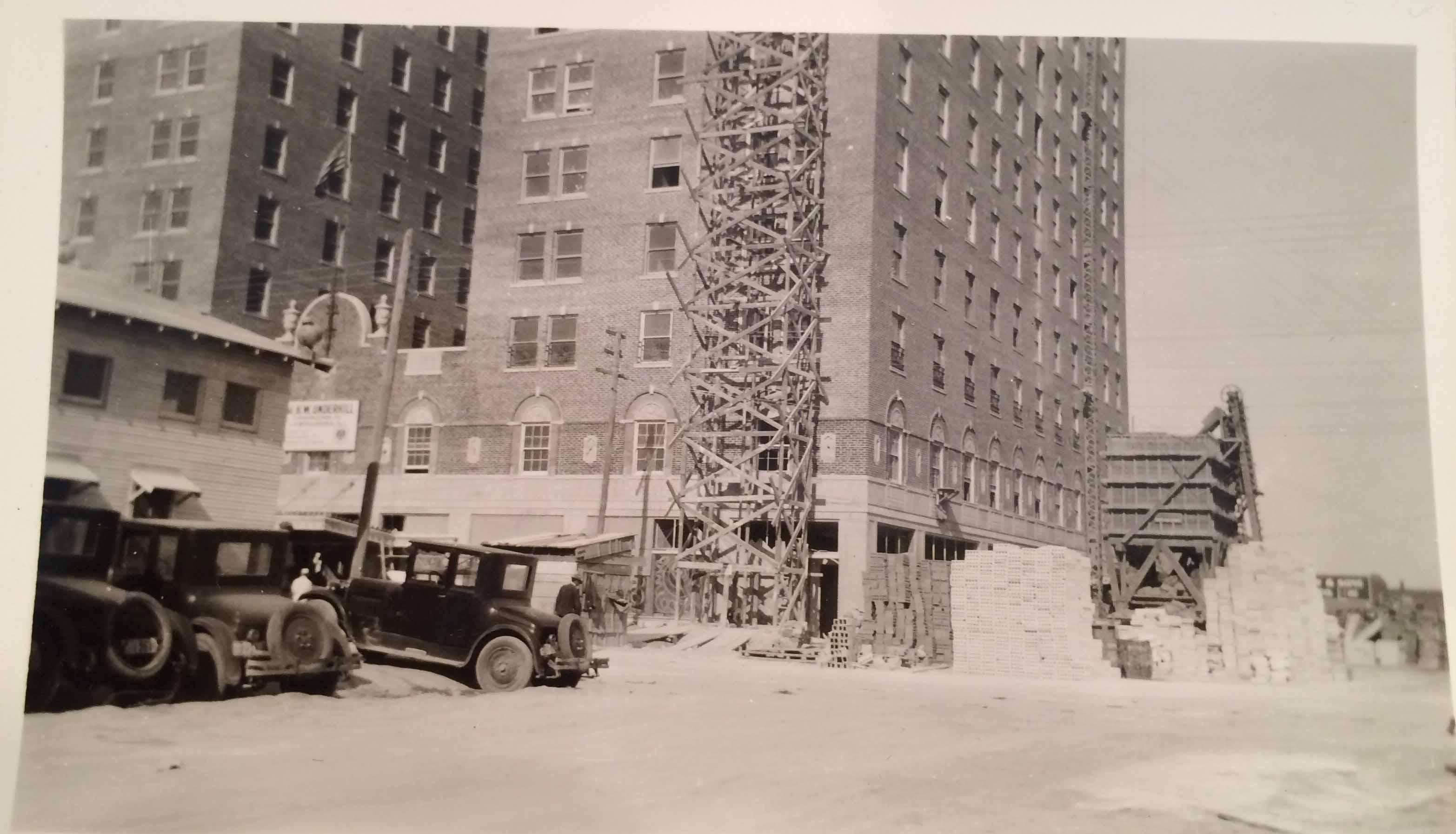Building the Herring Hotel. (courtesy: Mel Griswold)<p></p>