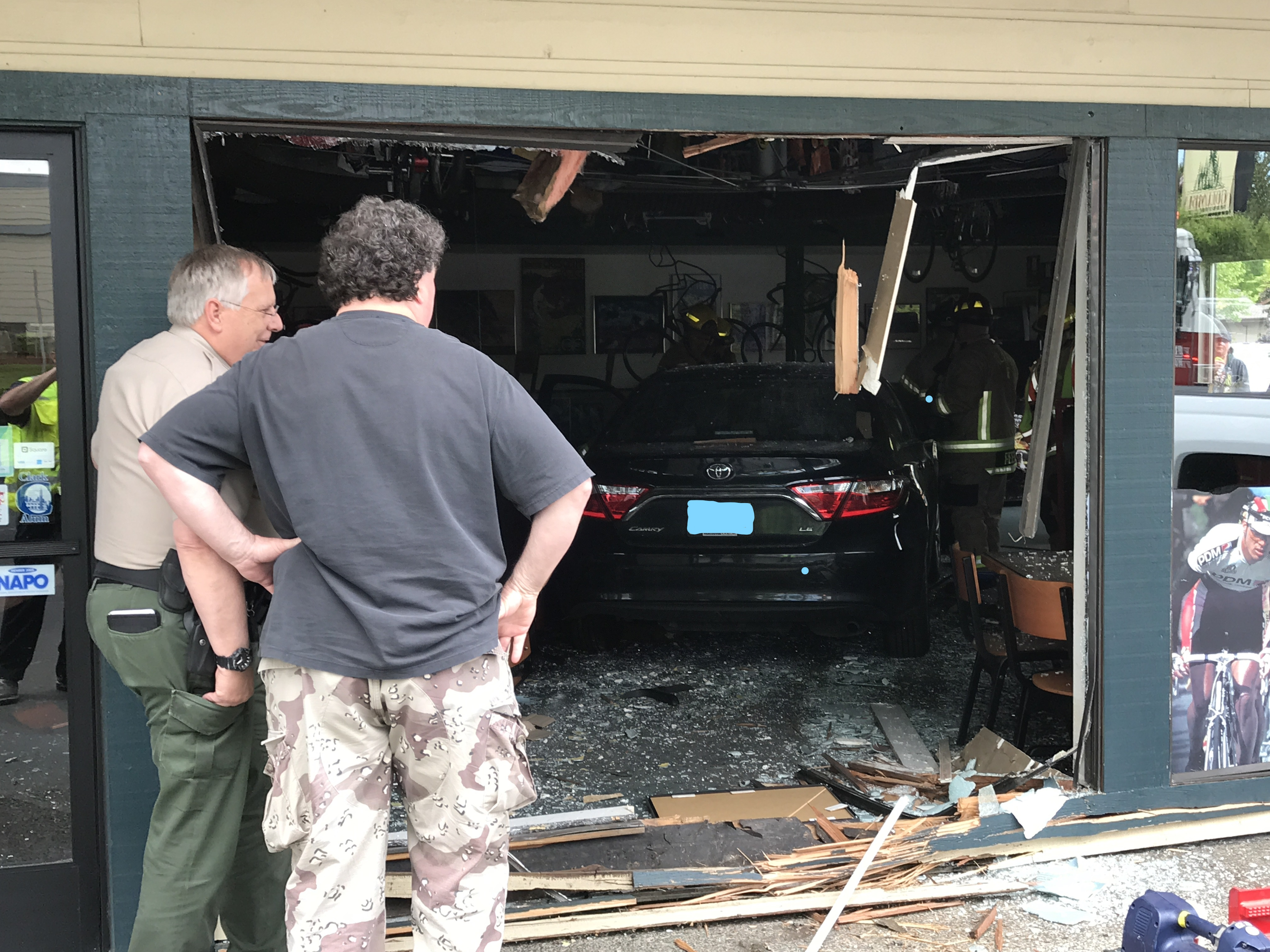 Driver crashes into Hazel Dell pizza shop - Clark County Fire District image - 4.jpg