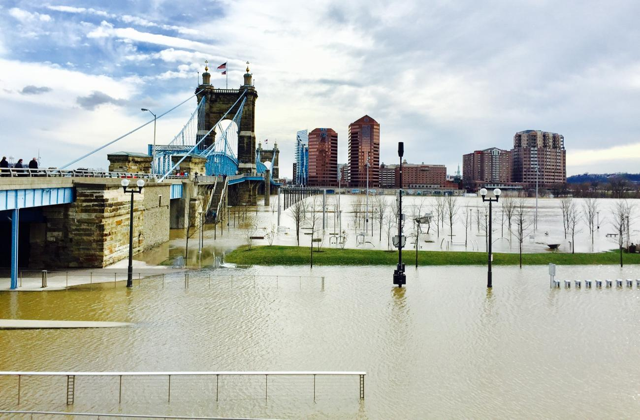 On Sunday, February 25, the Ohio River Flood of 2018 crested just above 60 feet, which is eight feet above the 52-foot flood stage. This is the biggest flood the city has seen since 1997. Smale Park is mostly underwater as are Sawyer Point and Yeatman's Cove. / Image: Leah Zipperstein, Cincinnati Refined // Published: 2.26.18