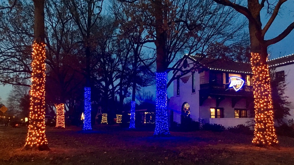 tips for putting up christmas lights from oklahoma city pros