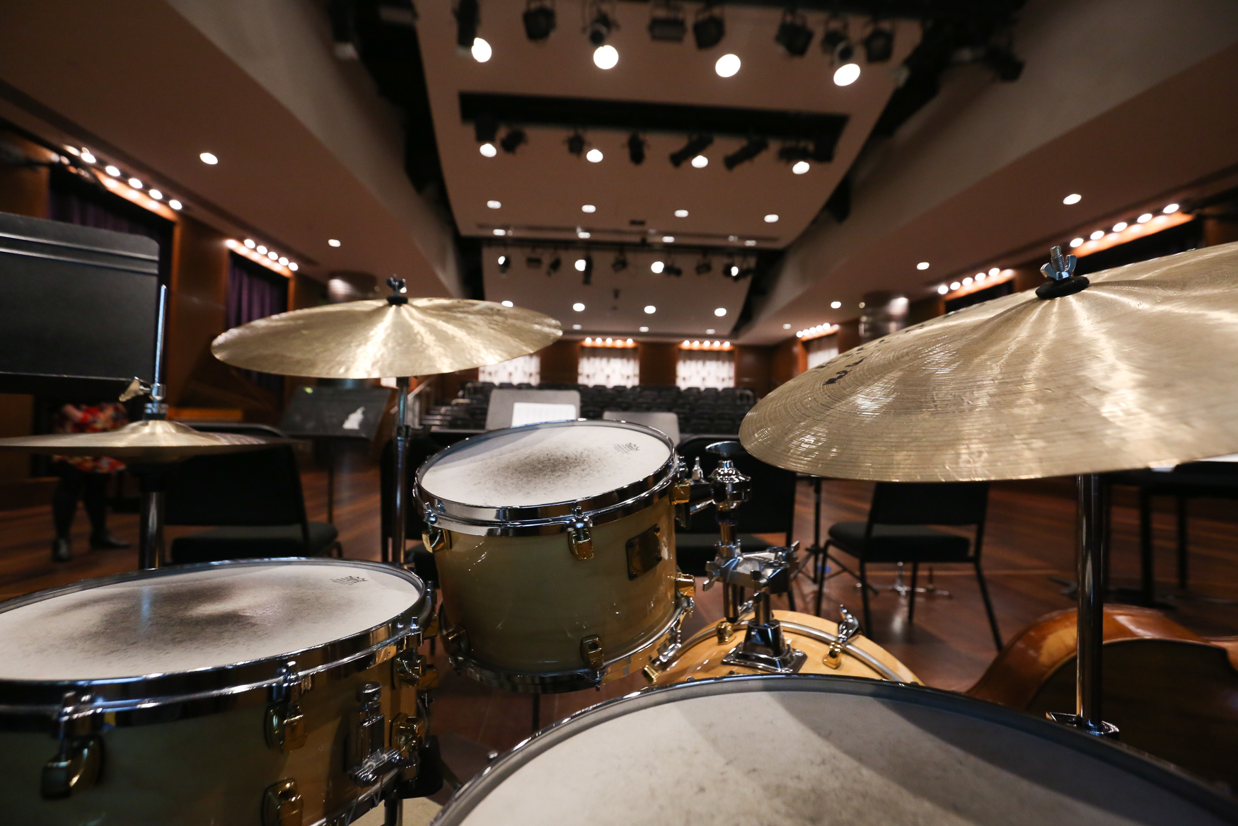 The Nicholas F. and Eugenia Taubman Hall of Music features live performances from a jazz orchestra and a chamber ensemble.{ } (Amanda Andrade-Rhoades/DC Refined)