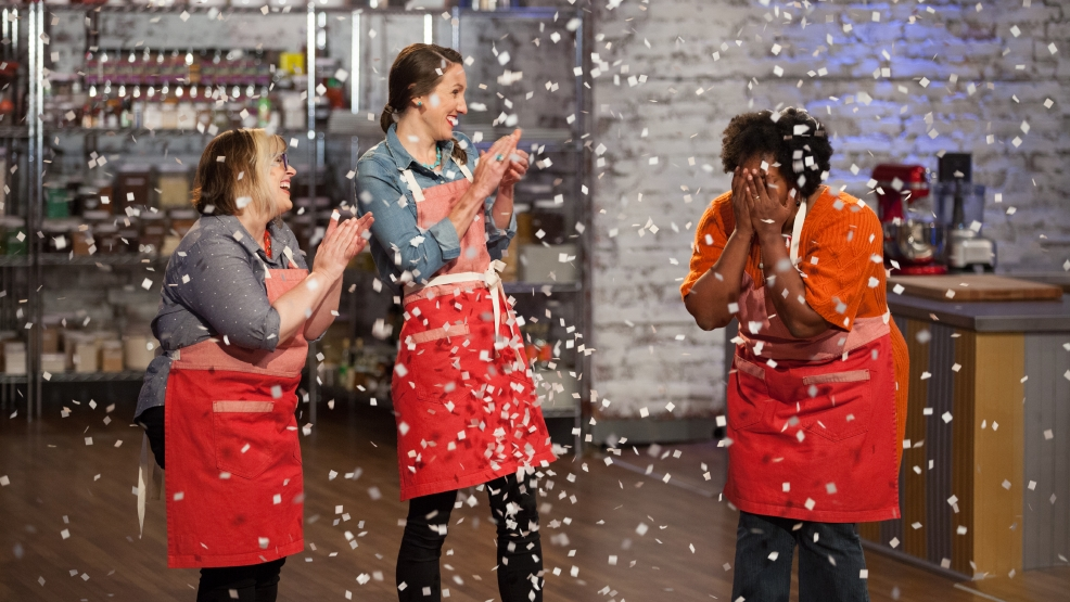 Lynchburg Woman Wins Food Network Christmas Cookie Challenge Wset