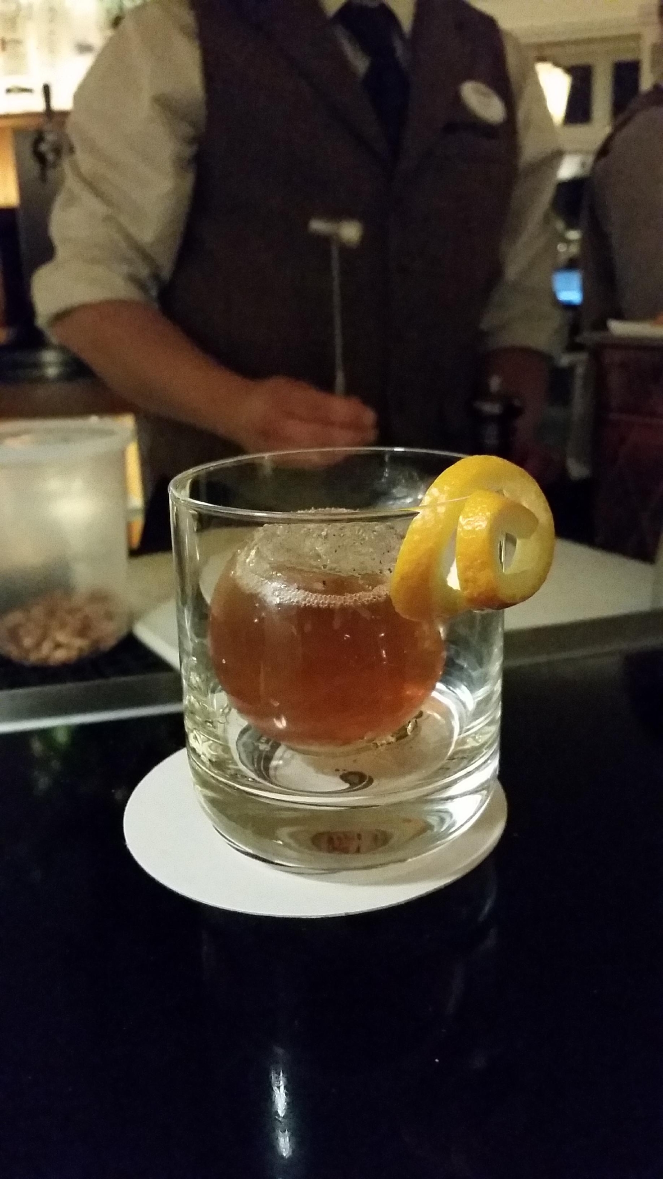 Sphered Fashioned at Circular Bar (Kelly Magyarics)