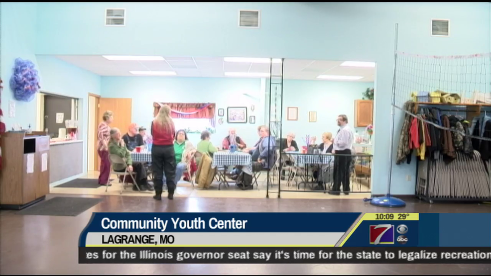 Lagrange youth center opens doors to keep youth away from for Door youth centre