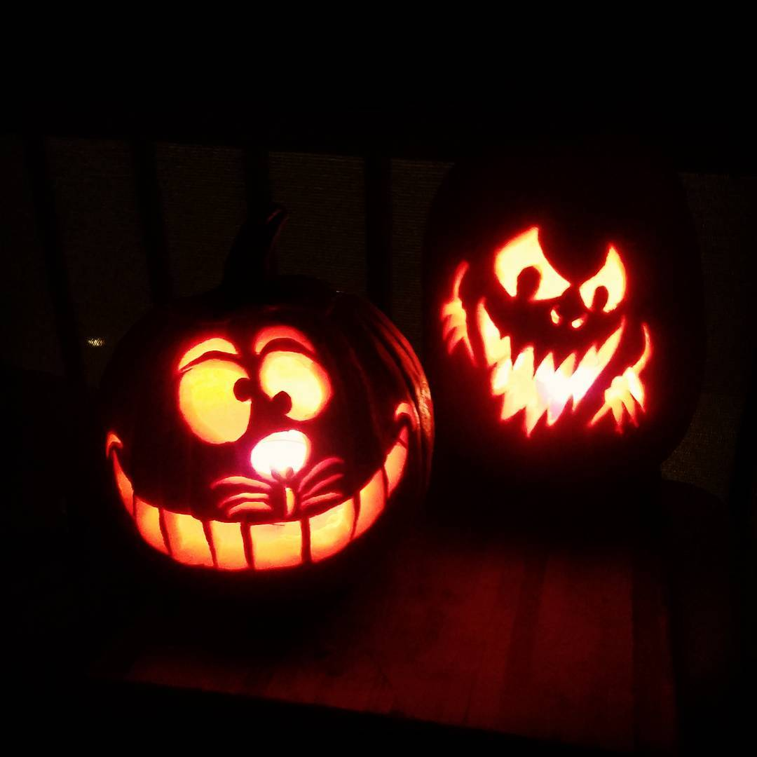 "IMAGE: IG user @panchovilla6 / POST: ""Pumpkin carving done"" / PUBLISHED: 10.21.16"
