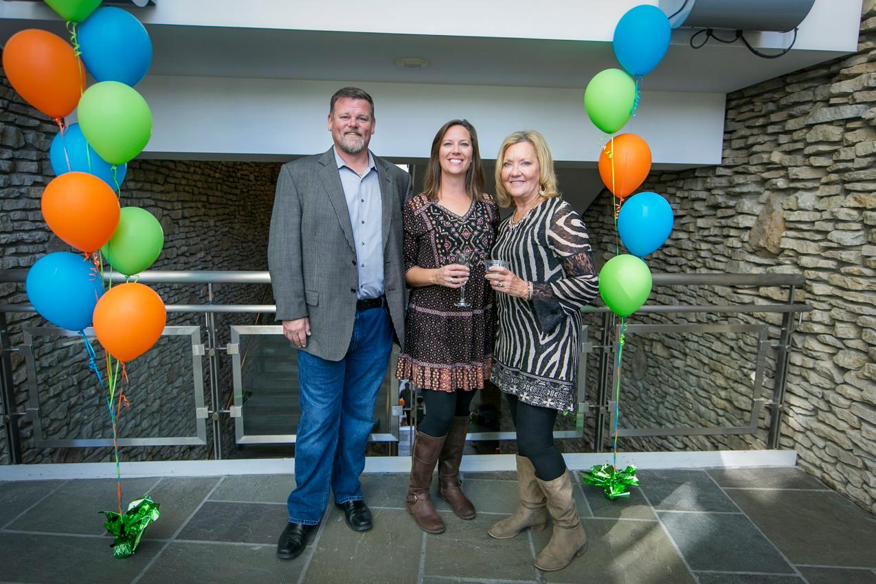 Dennis & Emily Meyer with Mary Beth Salyer / Image: Mike Bresnen Photography{ }// Published: 10.14.19