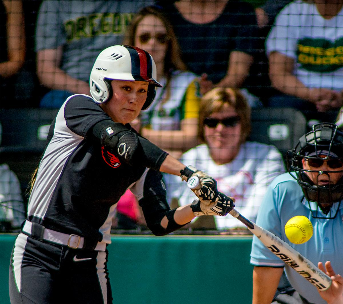 McKenna Arriola (#27) fouls out to end the fourth inning. The Oregon Ducks defeated the Oregon State Beavers 7-2 in game two of the three-game Civil War series at Jane Sanders Stadium on Saturday. The final game of the series will be on Sunday at 3:00 p.m. at Jane Sanders Stadium. Photo by August Frank, Oregon News Lab