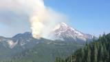 Heat wave 'likely to drive increased fire behavior and fire growth' on Mount Jefferson