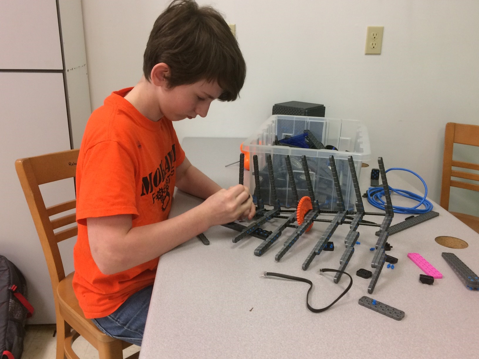 Just 126 students go to class at Mohawk middle and high schools, but nearly 50 of those kids call the robotics classroom home. (SBG)