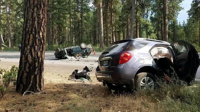 Eugene woman killed, North Bend man injured in crash on Hwy 20 near Black Butte Ranch