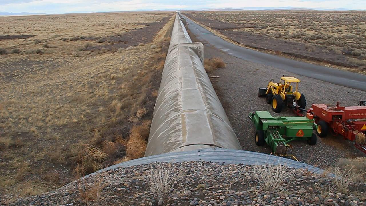 The northwesterly arm of LIGO stretches into the desert on the Hanford Nuclear Reservation for 2.5 miles. (Photo: Steve Benham/KATU.com)