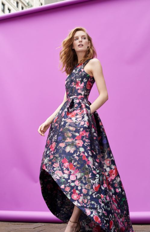 Shop RTR's sample sale in DC. from December 13-December 22, with designer items from brands like{ }ML Monique Lhuillier, Diane Von Furstenberg, Badgley Mischka, Kate Spade New York and Derek Lam 10 Crosby at 90 percent off! (Image: Courtesy Rent the Runway)