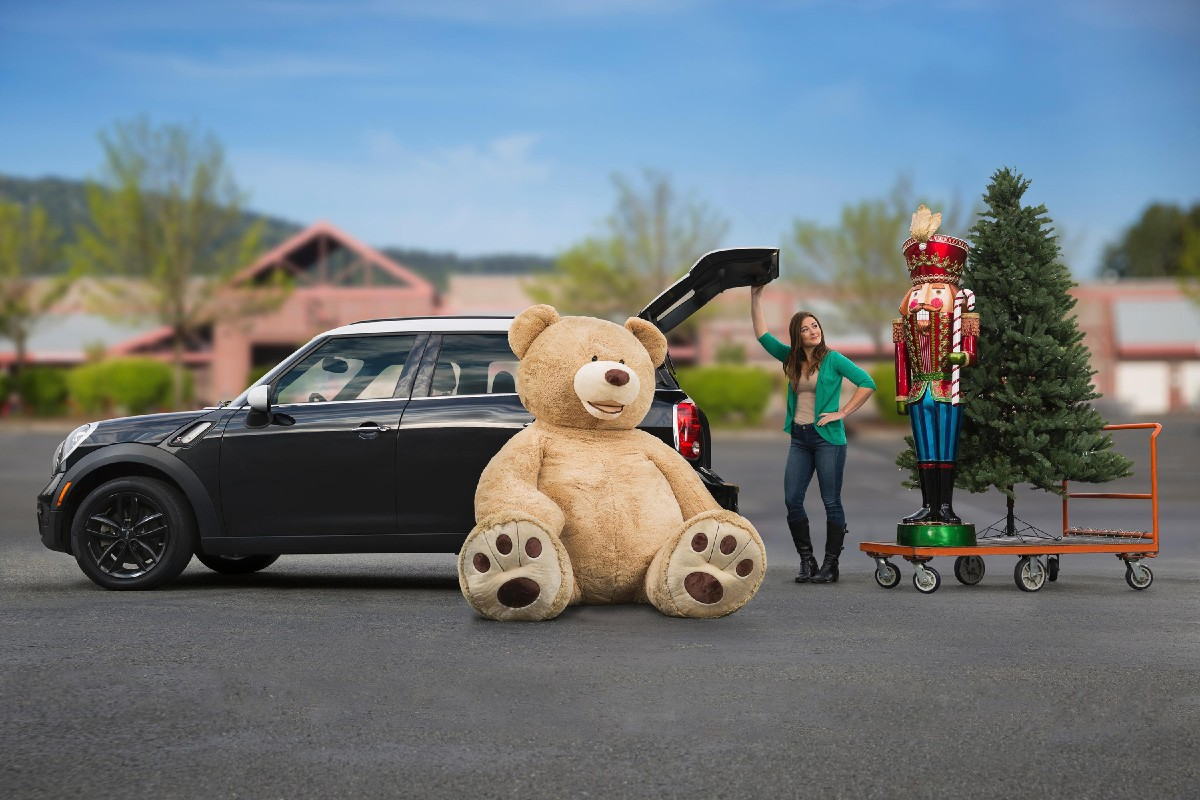 A Costco employee has created a Facebook page for the bear, and images have been flooding in from the few people who have gotten their hands on them already. (Image: Claudia Augello, Johnny Sanchez, Scott Yamamura / Seattle Children's Hospital)
