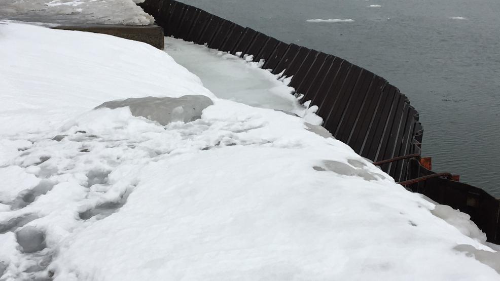 Village of Fair Haven worried as break wall falls apart along Lake Ontario
