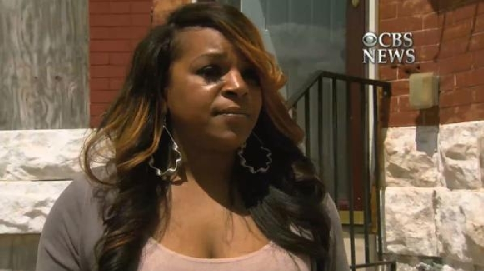 Cbs This Morning Baltimore Mom Caught Smacking Rioting Son Speaks Out