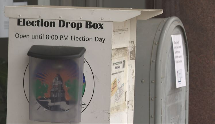 One of the many drop boxes located around Michigan for people to bring absentee ballots. (WWMT)<br>