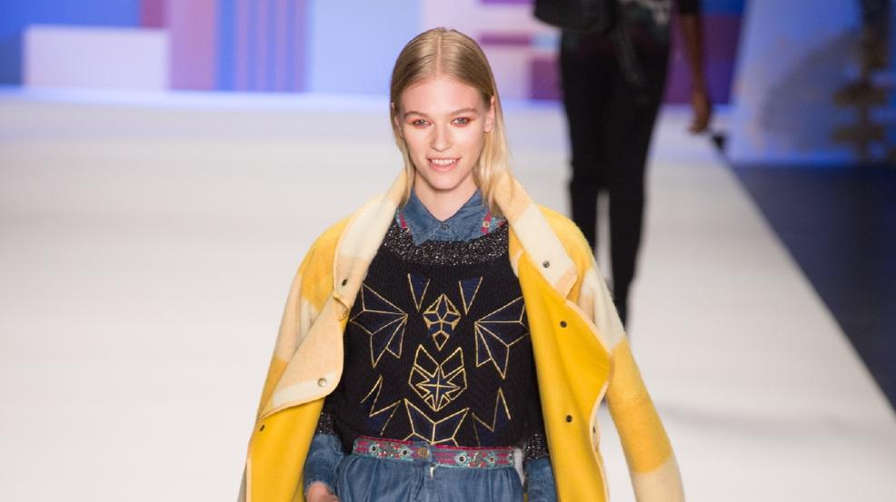 Photos On The Runway At New York Fashion Week Kutv