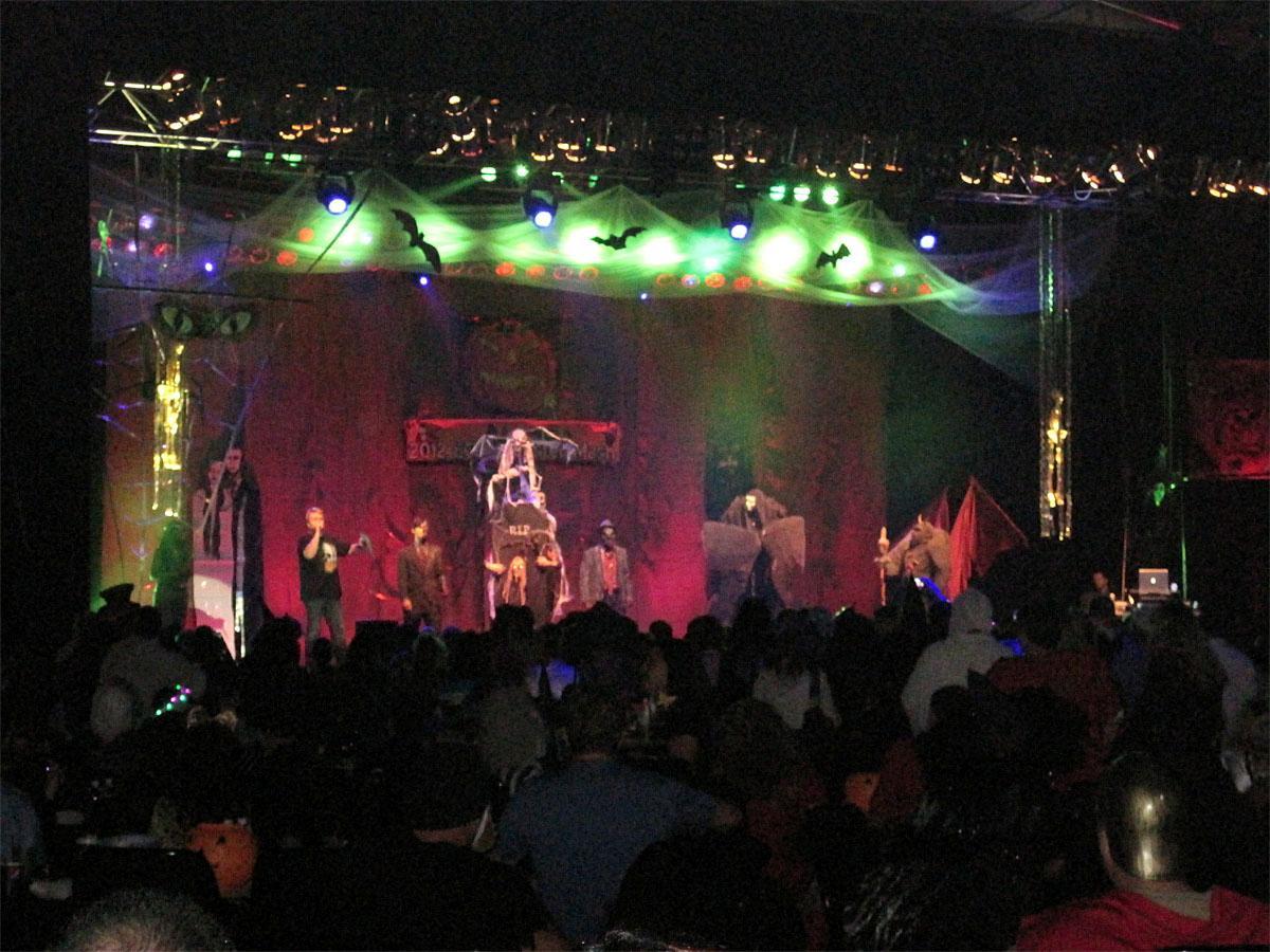 Emerald queen casino halloween party 2018