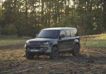 2020 Land Rover Defender to join fleet of Aston Martins in new Bond movie