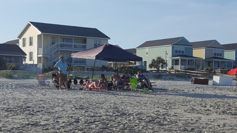 Tent ban debate Surfside Beach visitors speak out about new rules for next year & Surfside Beach tent ban opponents make themselves heard | WPDE