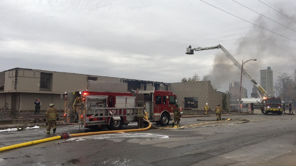 tulsa fire crews battle massive building fire