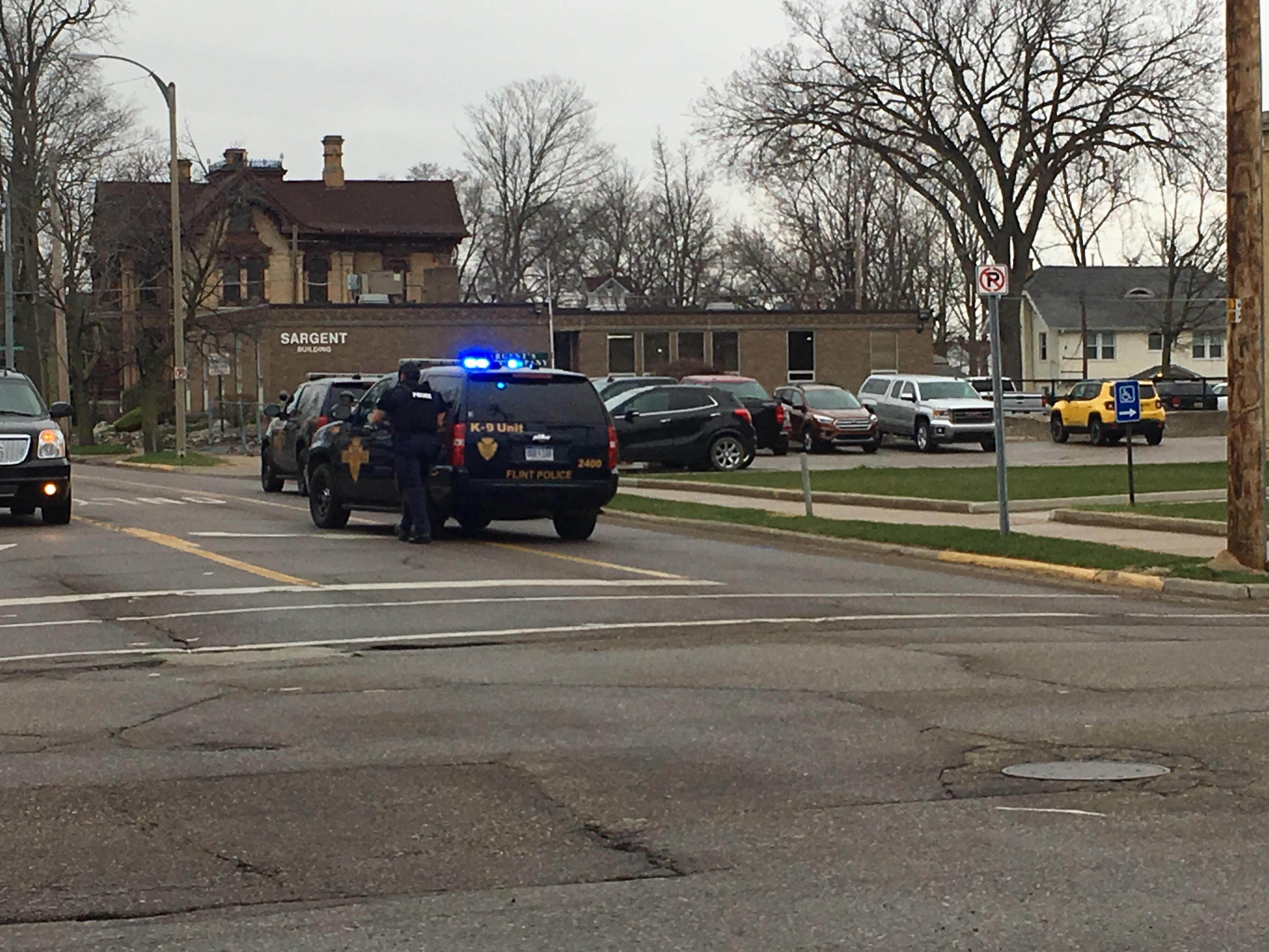 <p>A suspicious package was found at the Federal Building in Flint. (Photo Credit: Courtney Wheaton){&amp;nbsp;}</p>