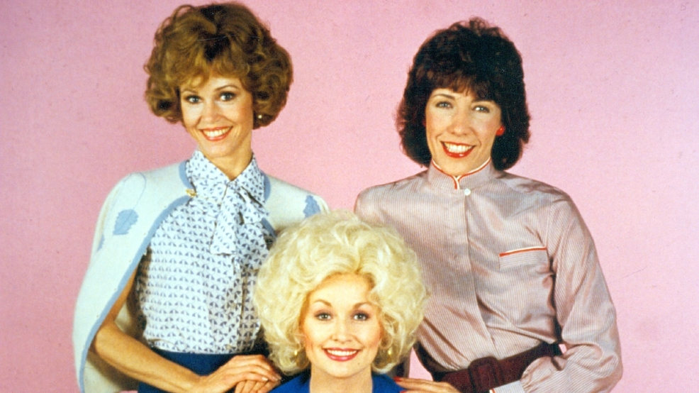 Dolly Parton: The time is right for a '9 to 5' reboot; Jane Fonda, Lily Tomlin on board