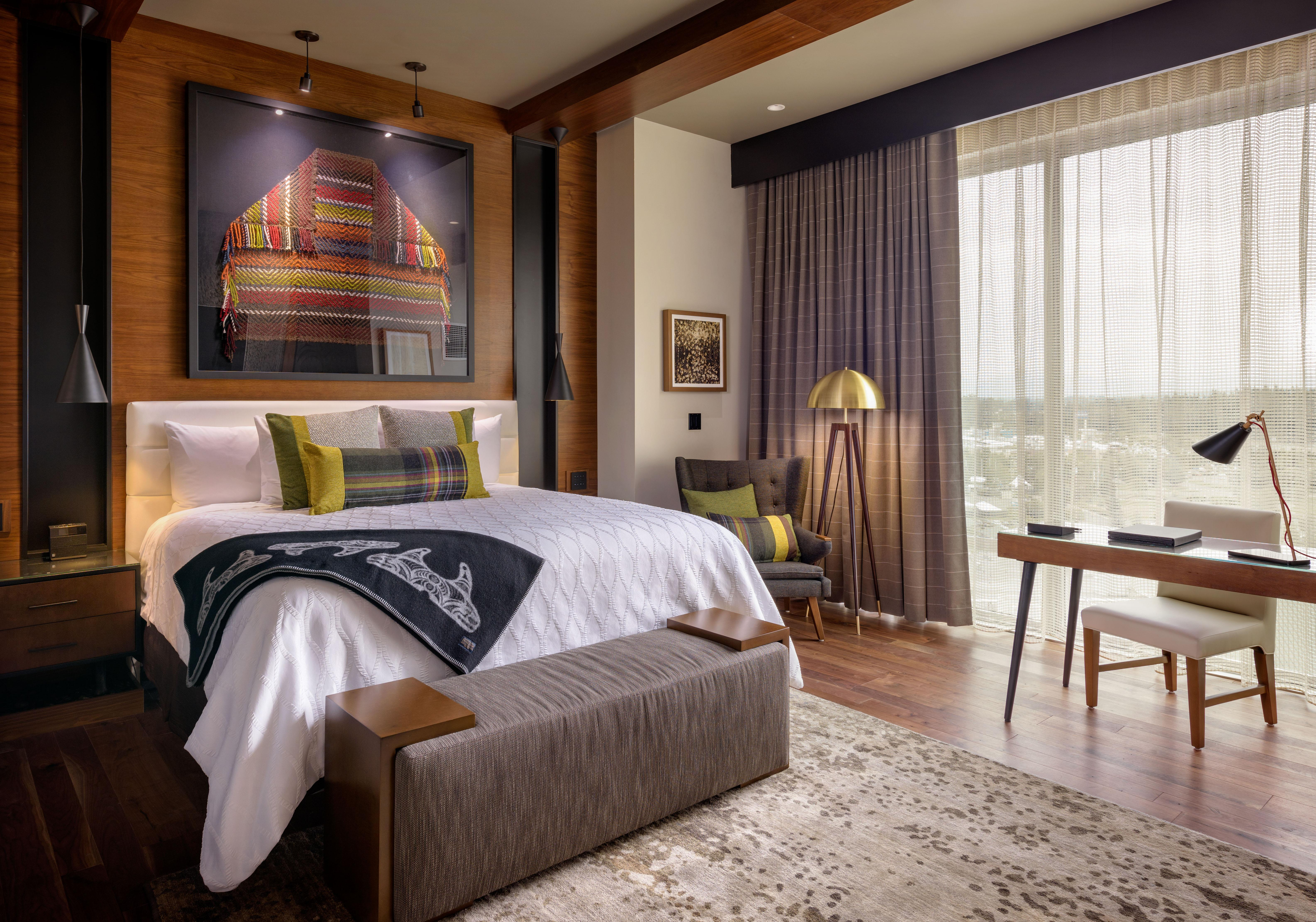 The updated styling in the rooms at Tulip pays homage to the rich history and culture of the Tulalip Tribes while taking a leap forward in design, technology, and luxury.