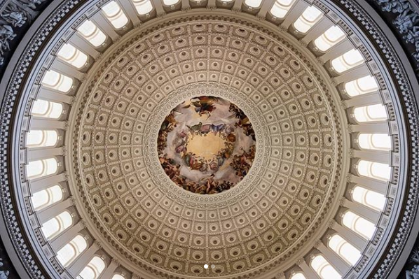 Who knew the Capitol Rotunda could be so beautiful?! (Image via @jshadow_photography)