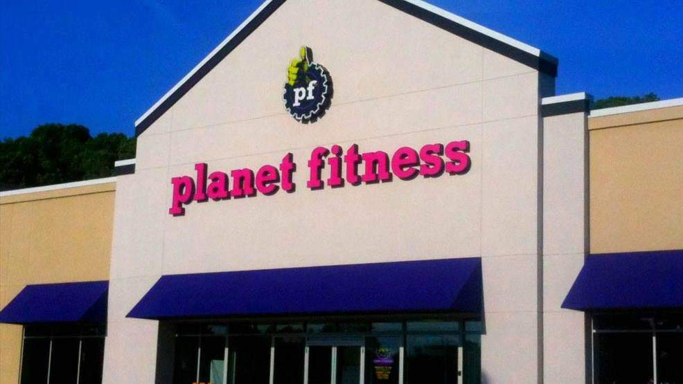 Planet Fitness by MGN Mike Mozart  CC BY 2.0.jpg
