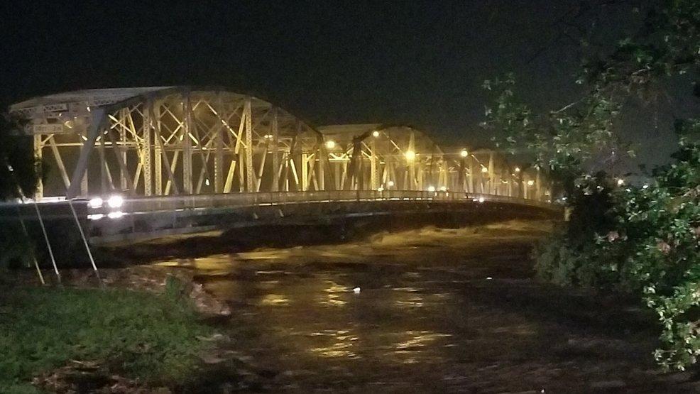 Llano River rises to over 39 feet, residents evacuated   KEYE