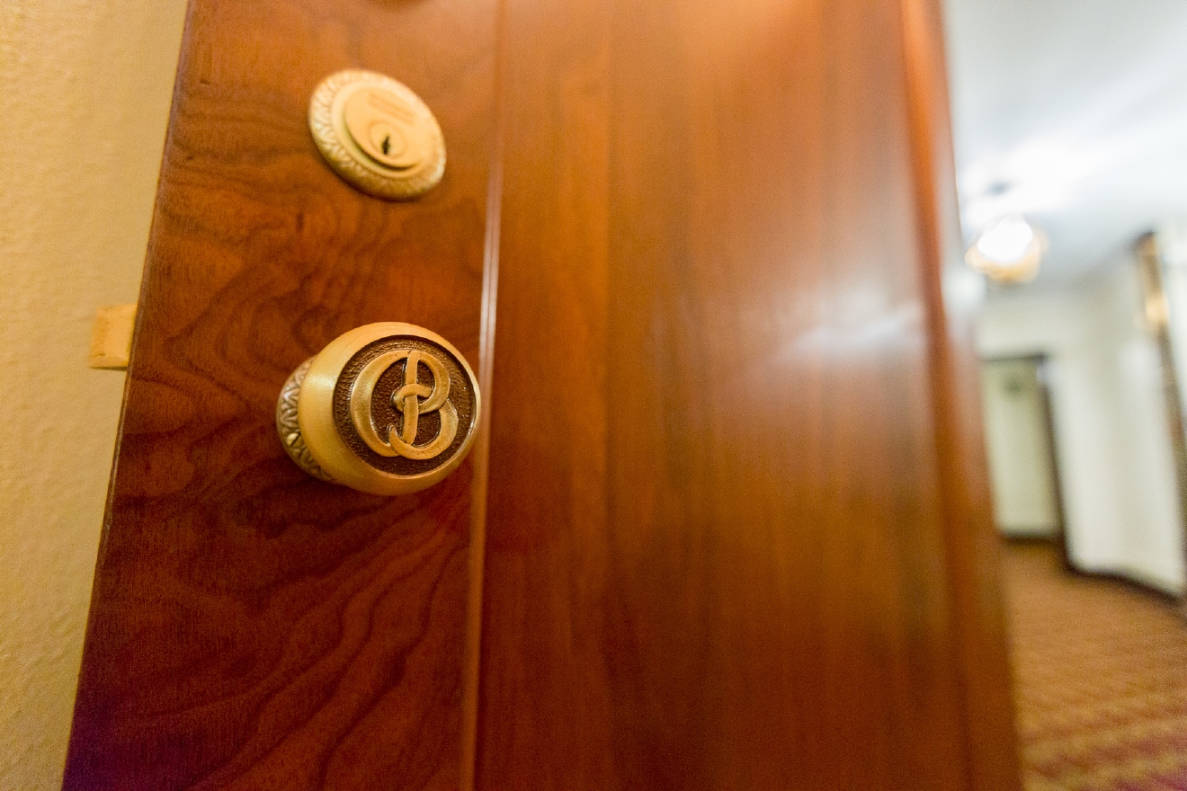 Yep, that's the original door hardware. / Image: Daniel Smyth Photography