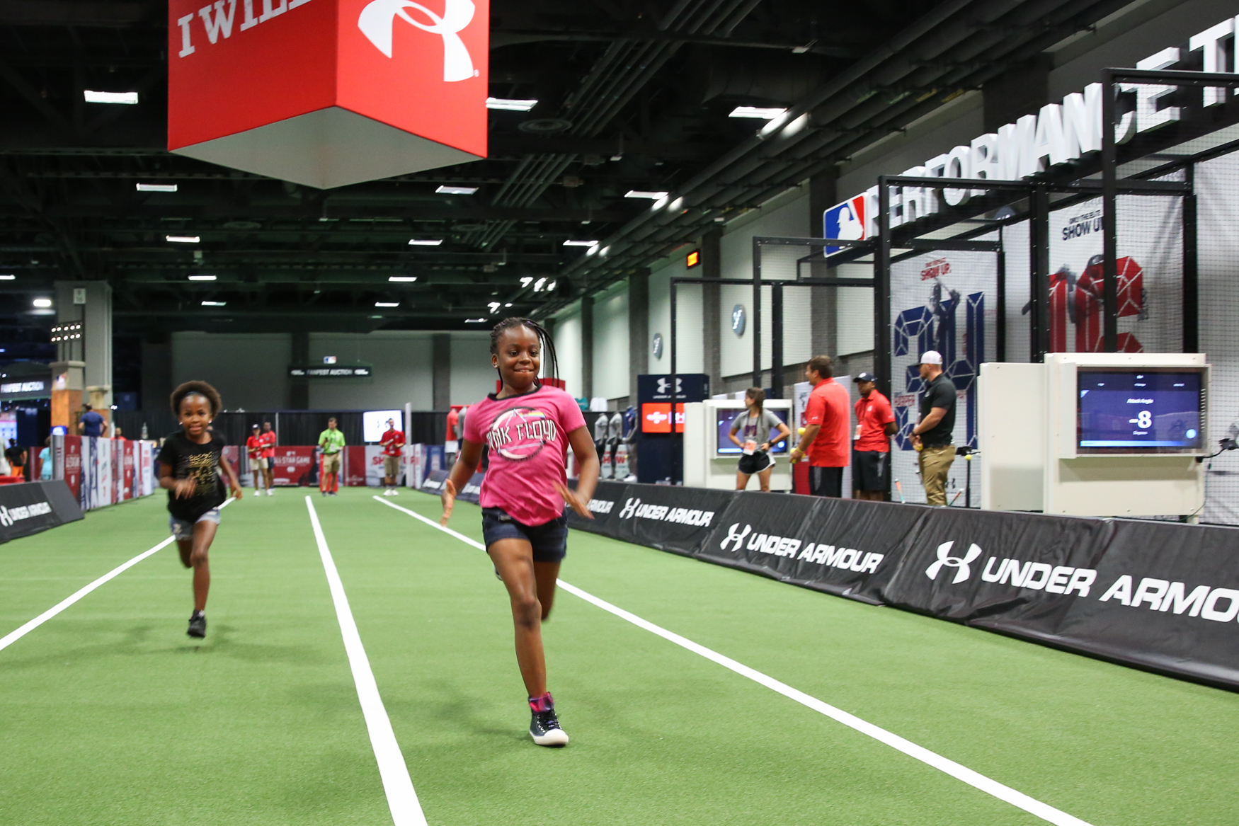 Atinna Stubbs, 10, outruns her sister, Zoey, 7.{&nbsp;} (Amanda Andrade-Rhoades/DC Refined)<p></p>