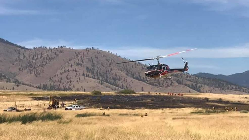 Welding spark ignites small grass fire north of Weed | KTVL