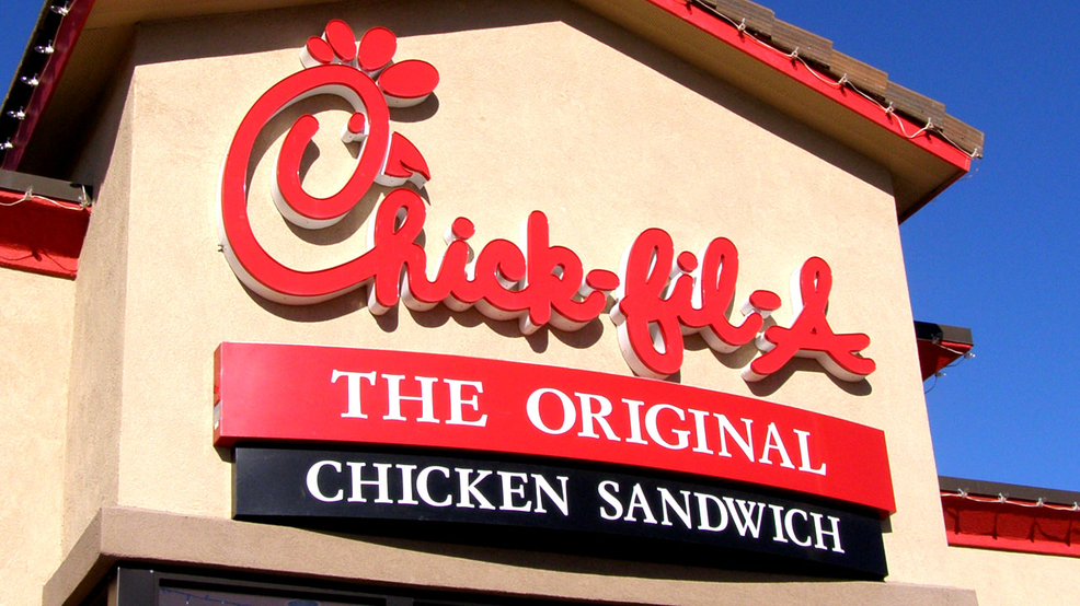 Chick-fil-A offering FREE chicken sandwiches to fans wearing Reds gear on Opening Day