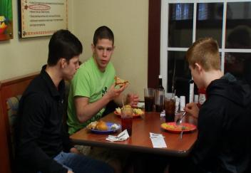 Three Northmont wrestlers decided to take the day on March 18 to kick back in a Golden Corral. (WKEF/WRGT)