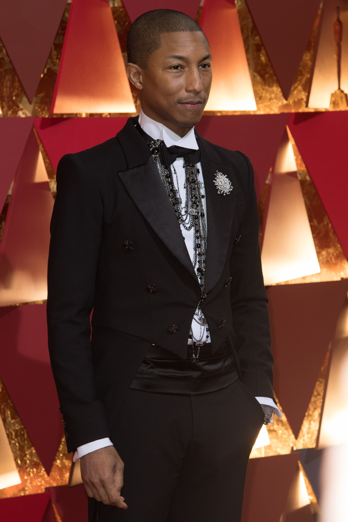Pharrell Williams, Oscar® nominee, arrives on the red carpet of The 89th Oscars® at the Dolby® Theatre in Hollywood, CA on Sunday, February 26, 2017. (A.M.P.A.S.)