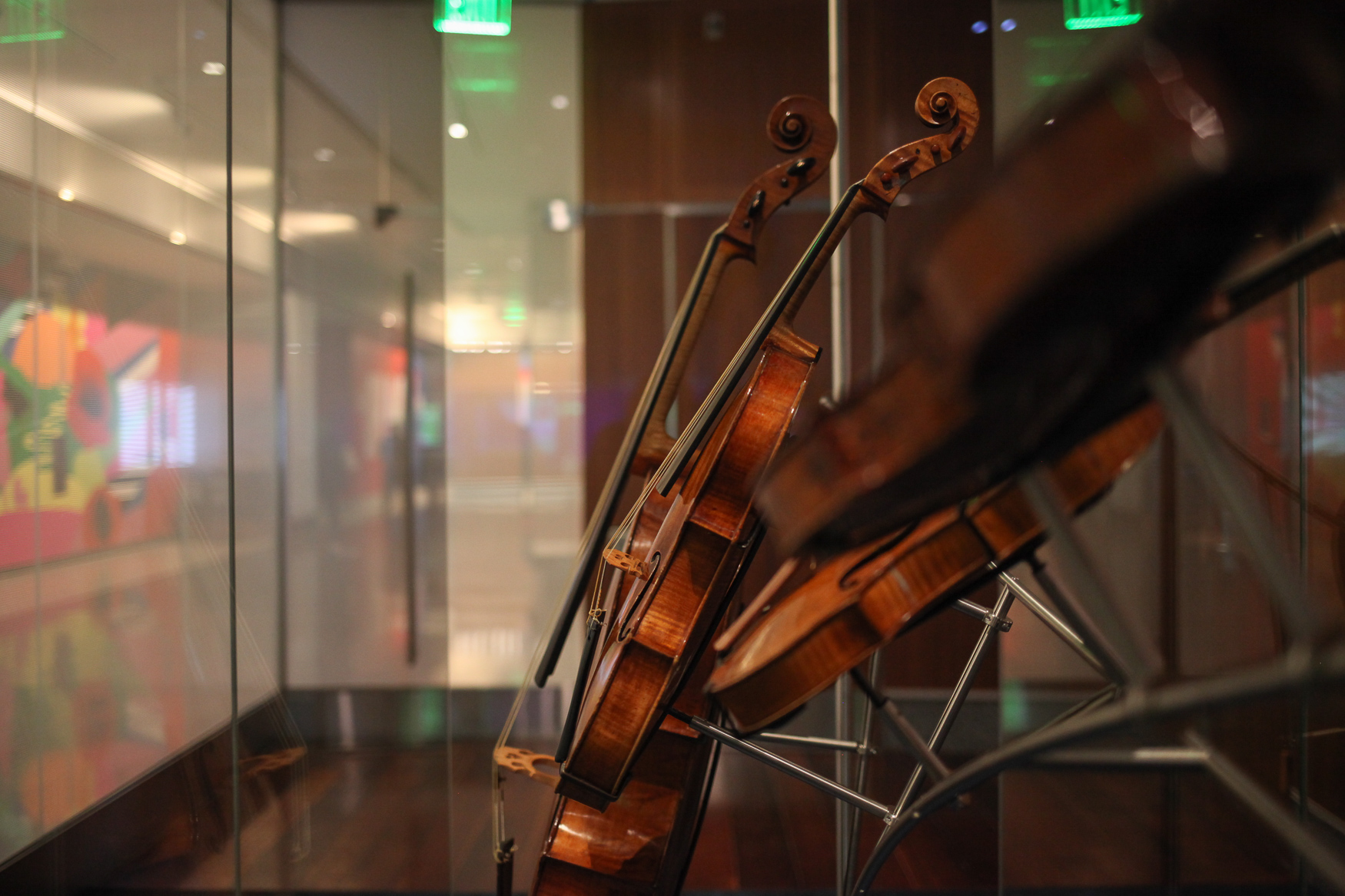 The lobbies outside of the music hall feature significant instruments from history, including a pieces from Antontio Strandivari and Nicolo Amati. (Amanda Andrade-Rhoades/DC Refined)