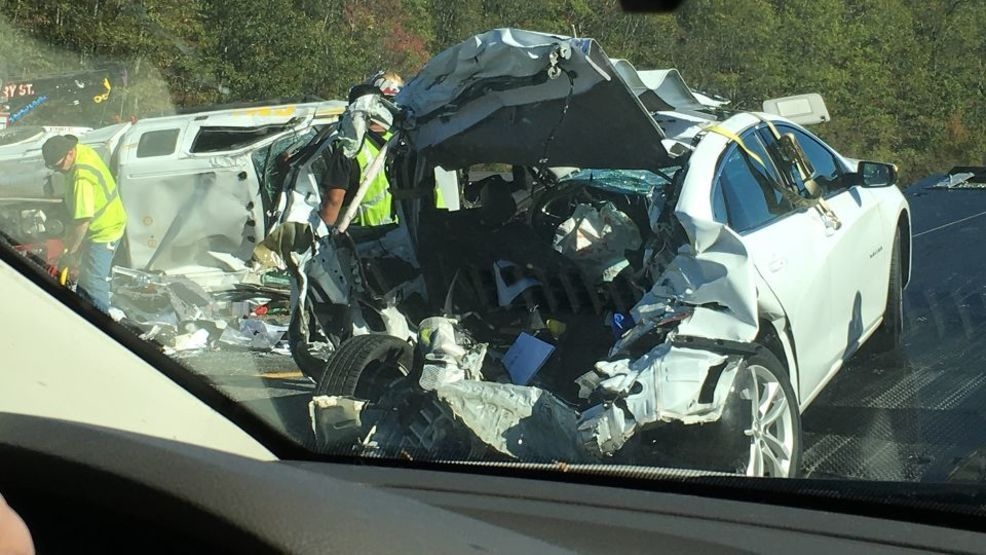 Vehicles mangled in highway crash | WJAR
