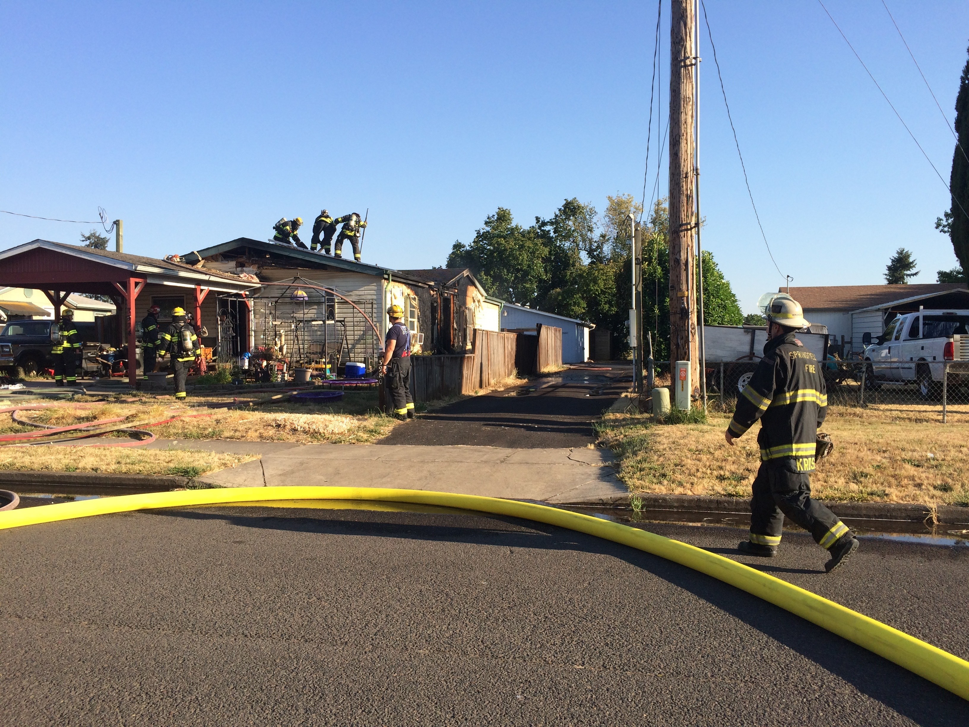 House fire on Dove Lane in Eugene, July 31, 2017. (SBG)